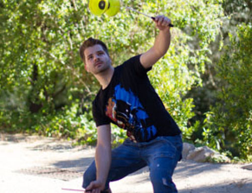 PLAY AND ENJOY THE JUGGLING